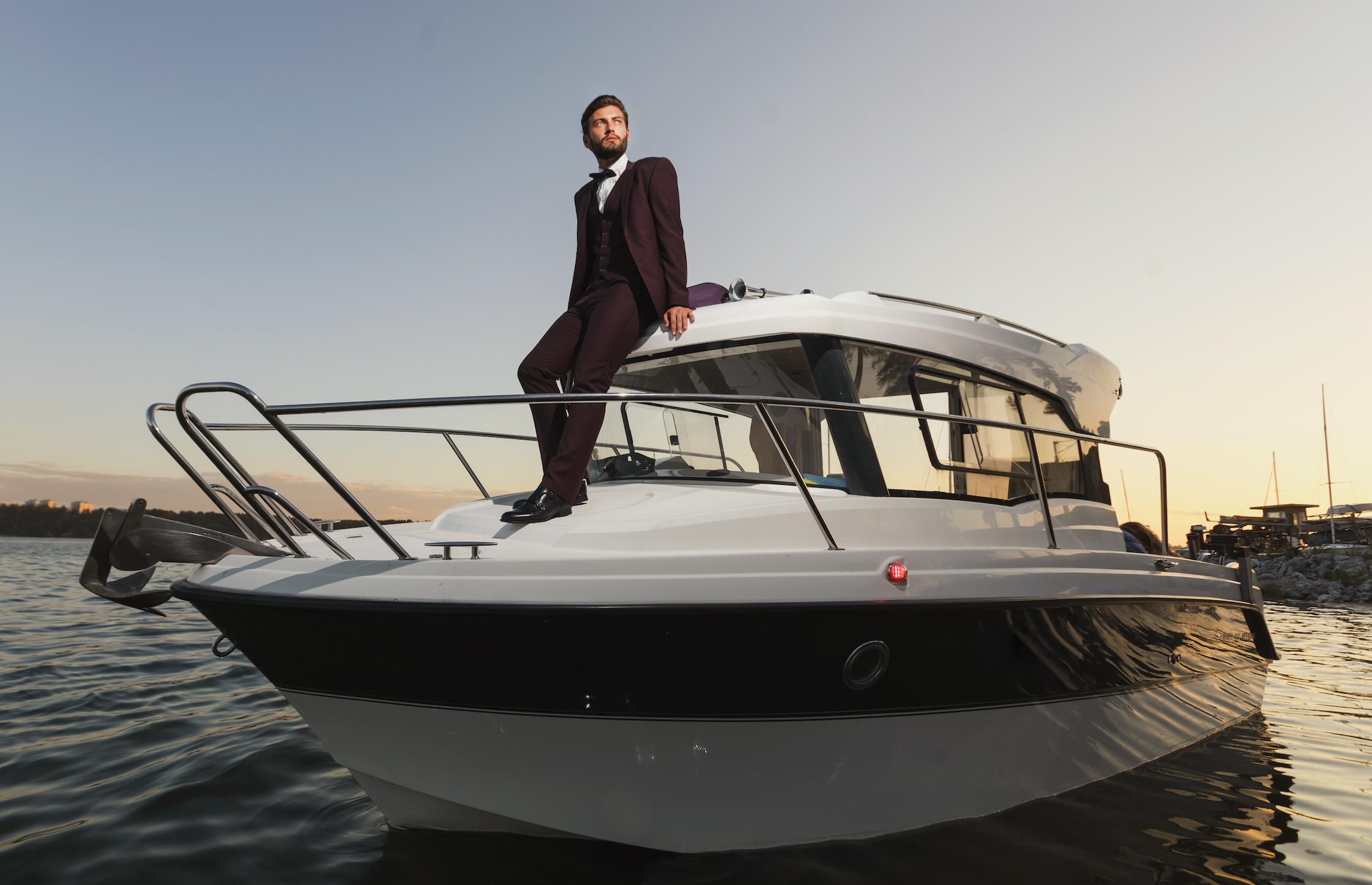 6 factors wealthy people have in common
